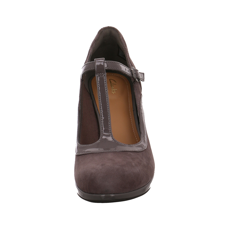 Clarks Artisan Shoes Uk